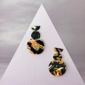 CLOSET REHAB Jewelry - 🆑 Geo-Stack Earrings Pink, Yellow & Black